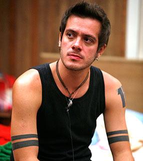 REVELAÇÃO BBB9: Max já teve fama de gay fora da casa, diz amiga. Confira
