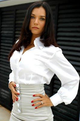 http://audienciadatv.files.wordpress.com/2009/10/monica-carvalho.jpg