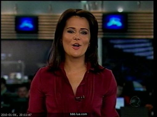http://audienciadatv.files.wordpress.com/2010/01/jornal-da-record-adriana-2.jpg?w=510&h=375